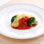 真鯛の香草パン粉焼きトマトソース